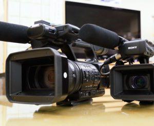 アトムの動画撮影用ビデオカメラ